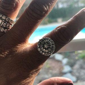 Diamond cluster ring. 1-carat.